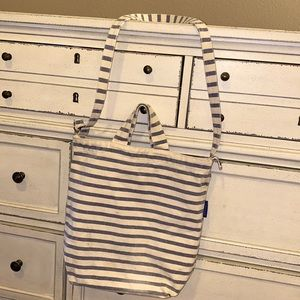 BAGGU navy & white stripes shoulder bag & handles